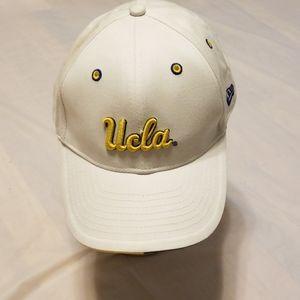 New Era UCLA Bruins white snapback hat cap